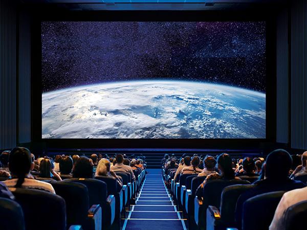VIDELIO x Samsung écran Led Onyx dans une salle de cinéma